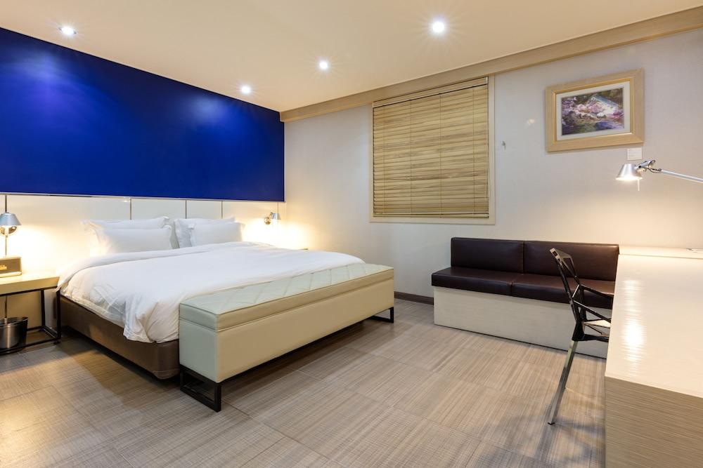 Hotel France, Gwangsan