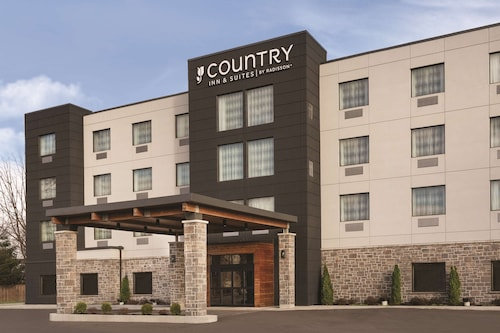 . Country Inn & Suites by Radisson, Belleville, ON