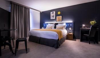 Best Western Plus Hotel Suitcase Paris - La Defense