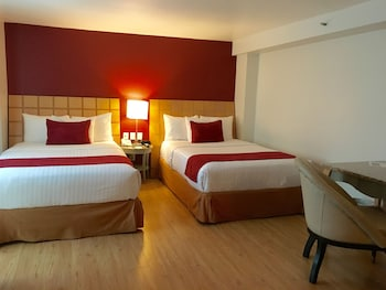 Economy Suite, 2 Double Beds (Junior Suite Double)