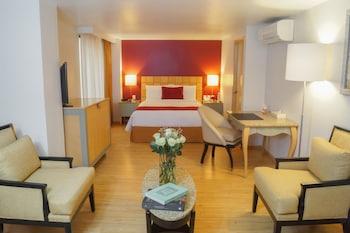 Suite, View (Master Suite, Interior View)