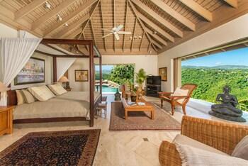Seven Guest Suites Plus Owners Villa - 10 beds plus 4 sofa beds