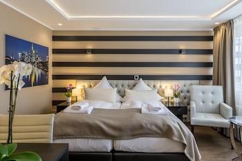 Hotel - Skyline Hotel