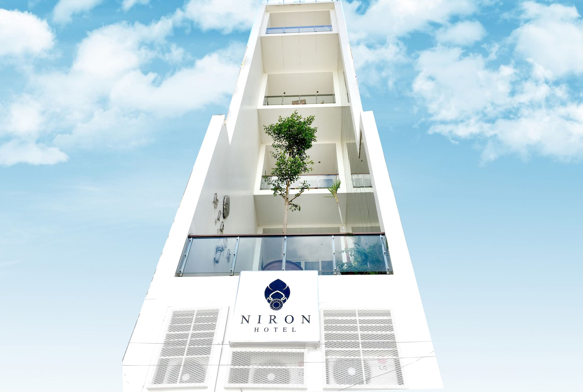 Crystal Blue Boutique Hotel, Ruessei Kaev