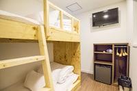 ツインルーム (with Bunk Bed without Window)