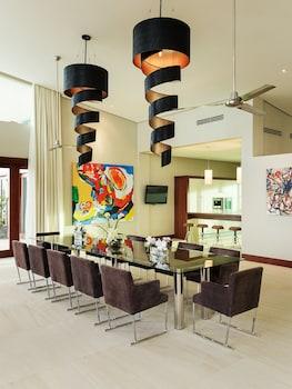 Under The Stars Luxury Apartments Boracay Shared Kitchen