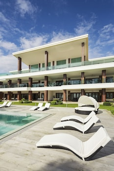 Under The Stars Luxury Apartments Boracay Front of Property