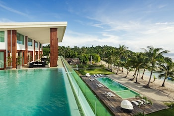 Under The Stars Luxury Apartments Boracay Private Pool