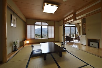 Japanese Style Room, Meals at Restaurant