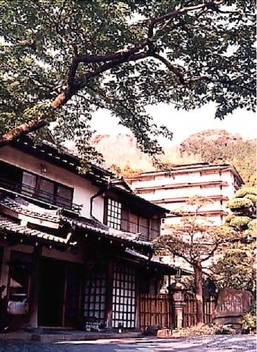 Gyokushoen Arai, Izu