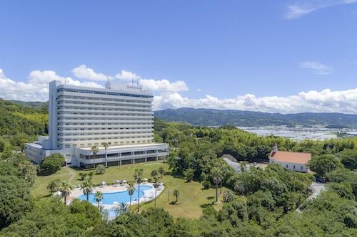 . Royal Hotel TOSA