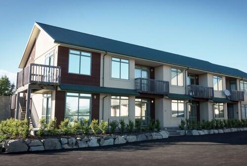 . Lake Tekapo Village Motel
