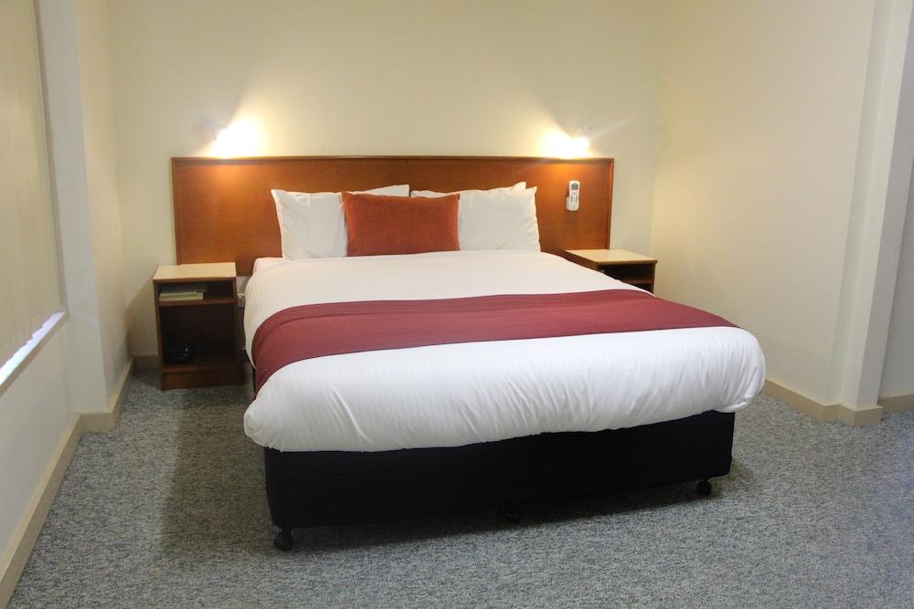 バイオニア ウェイ モーテル