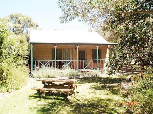 Grampians View Cottages and Units, N. Grampians  - Stawell