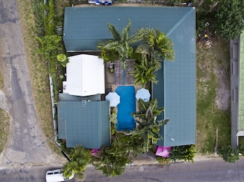 Traveller's Budget Motel - Aerial View  - #0