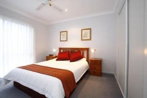 Belvoir Village Motel & Apartments Wodonga, Wodonga