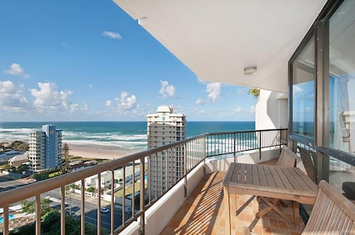 Bougainvillea Luxury Apartments, Main Beach-South Stradbroke