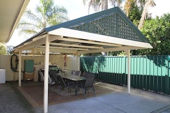 Sussex Inlet Motel - BBQ/Picnic Area  - #0