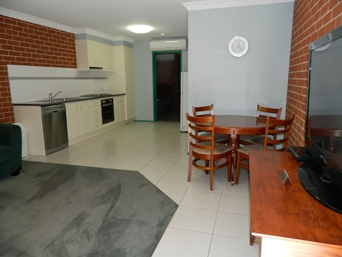 The Roseville Apartments, Tamworth Regional - Pt A