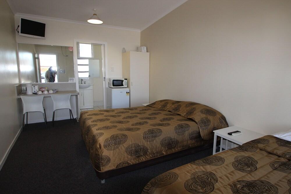 Ned Kelly's Motel, Maryborough