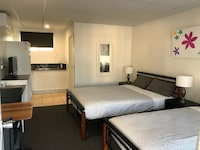 Standard Twin Room at Cook's Endeavour Motor Inn in Tweed Heads