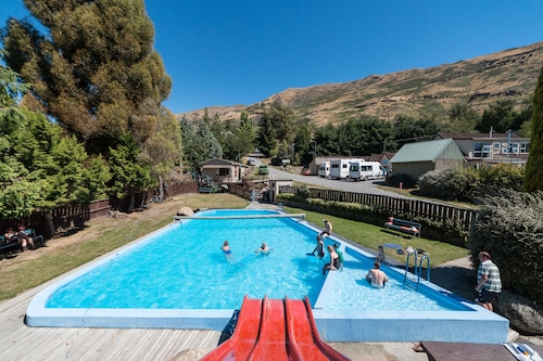 Mt Aspiring Holiday Park, Queenstown-Lakes
