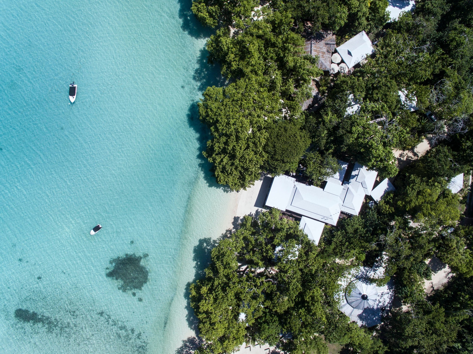 Barrier Beach Resort, South East Santo
