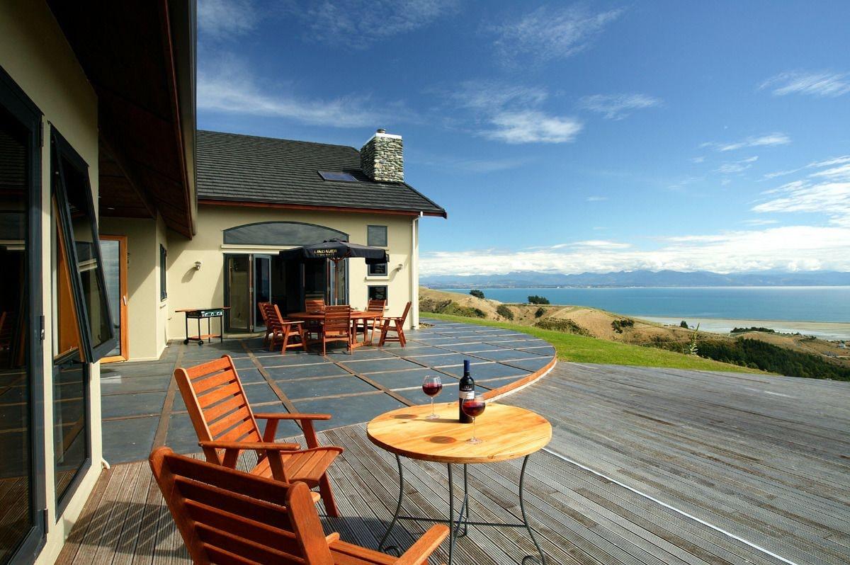 Parautane Lodge, Nelson