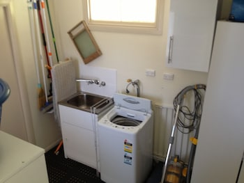 Tenterfield Cottage Holiday House - Laundry Room  - #0