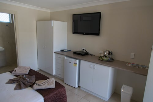 Tropicana Motel, Broadbeach-Mermaid Beach