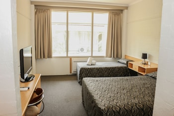 Queen + Single Room with Ensuite