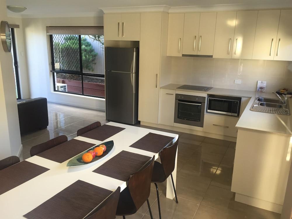 21 on Hursley Motel Apartments, Toowoomba - West
