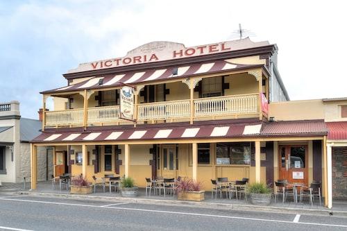 . Victoria Hotel - Strathalbyn