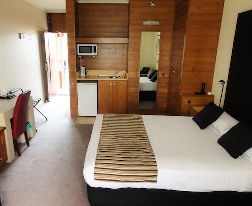 Sovereign Park Motor Inn, Ballarat  - Central