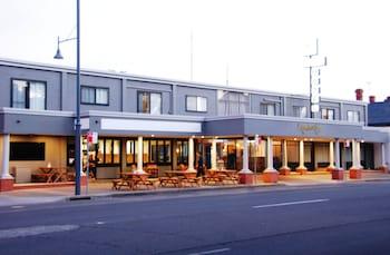 奧爾伯里卡莫朵爾汽車旅館 Commodore Motor Inn Albury