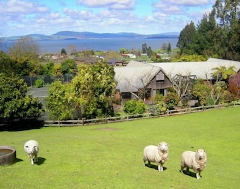 Hotel - A Panoramic Country Homestay