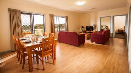 Nutkin Lodge, Denmark
