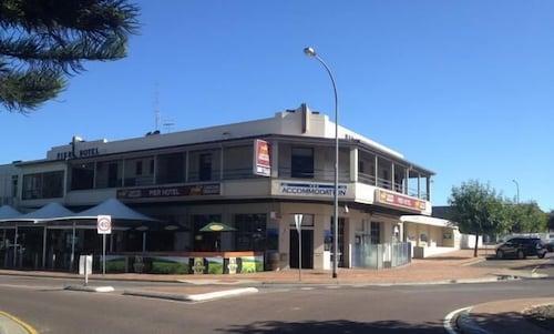 . Port Lincoln Pier Hotel