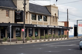 Southern Cross Hotel - Hotel Front  - #0