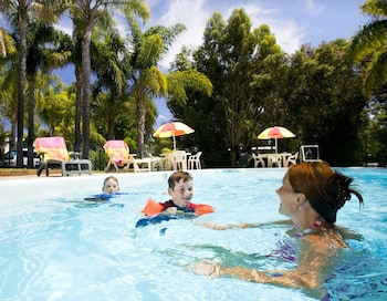 阿卡萊姆錦斯維觀光園飯店 Acclaim Kingsway Tourist Park