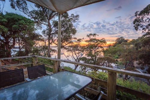 Jetty Road Retreat, E. Gippsland - Bairnsdale