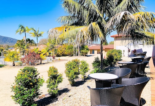 . Costa Rica Motel