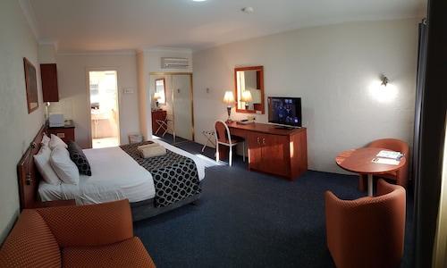 Amber Court Motel, Coonabarabran, Warrumbungle Shire