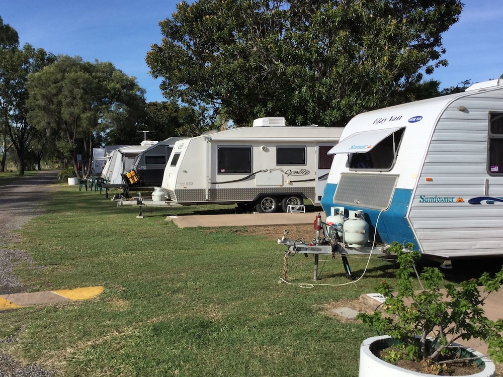 Moura Caravan Park