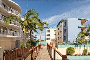 灣景假日公寓飯店 Bayviews & Harbourview Holiday Apartments