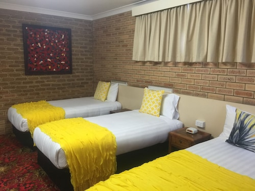 Blue Violet Motor Inn, Toowoomba - North-East