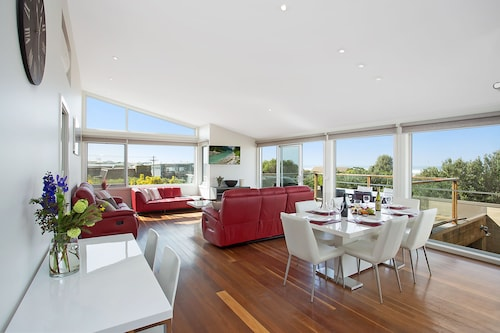 Tides Apartments, Moyne - South