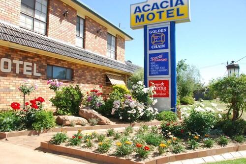 . Acacia Motel Griffith