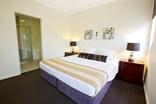 Astina Serviced Apartments - Central, Penrith - West