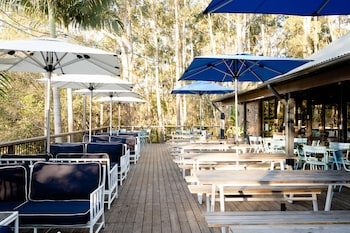 阿沃卡海灘飯店 Avoca Beach Hotel